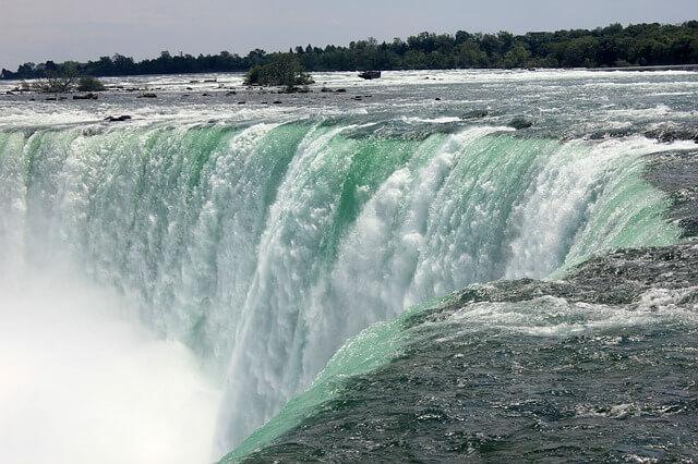 ナイアガラの滝(ニューヨークから行けるツアー)4