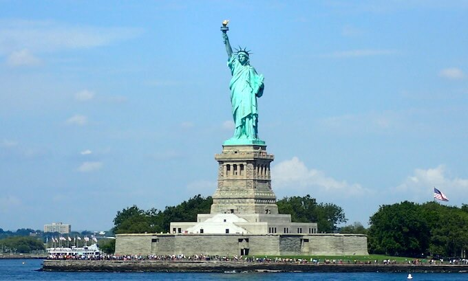 ニューヨーク自由の女神像
